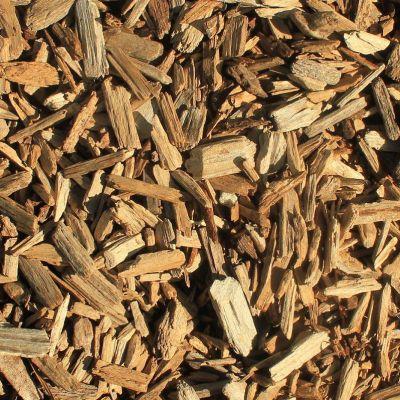 Pellet sosnowy z naturalnym lepikiem, nie zawiera żadnych chemicznych substancji.